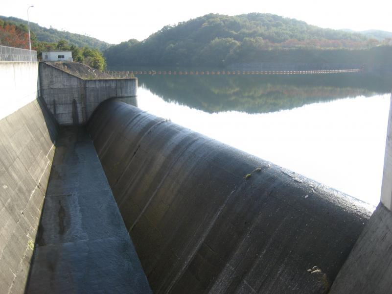 目谷ダム洪水吐
