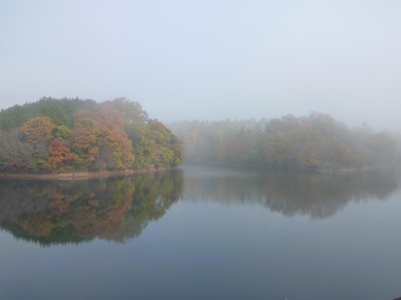 11月30日西原ダム湖面01