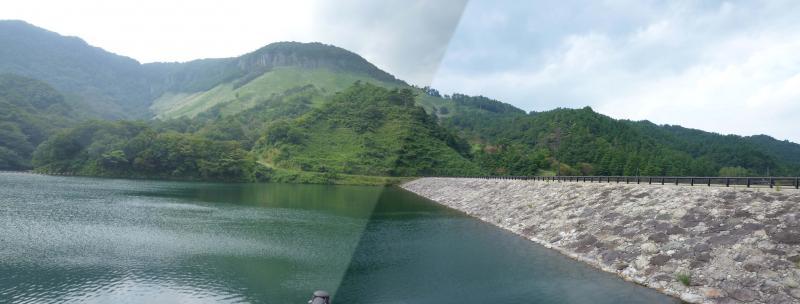 船上山ダム堤体