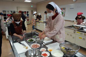 米粉料理講習会の様子