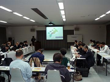 1日目 事例報告の様子(松江市)