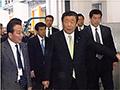 大臣の動き:福岡市中央卸売市場(青果市場)を視察する森山農林水産大臣(福岡県福岡市)
