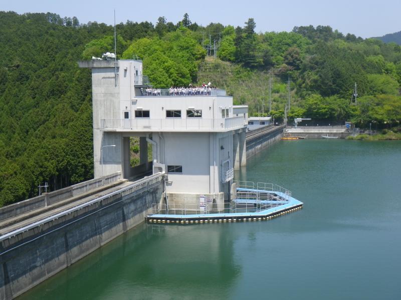 津風呂ダム(取水塔)