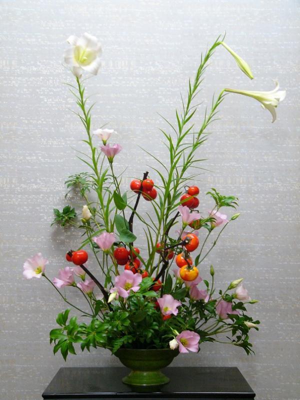 今週の花「季節は進む」