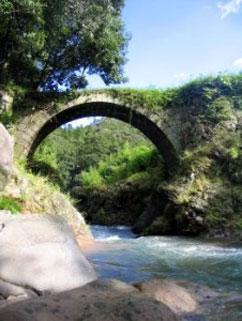 筏場眼鏡橋