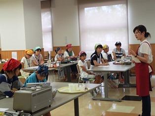 28米粉を使った親子料理体験