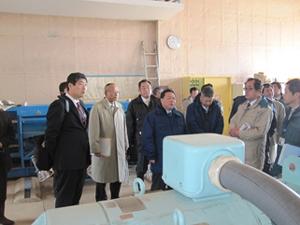 平成27年9月関東・東北豪雨で被害を受けた米袋排水機場の復旧状況を視察