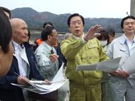 鹿野農林水産大臣視察 福島県いわき市、福島市、飯舘村