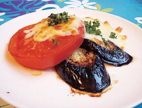 トマトとなすのチーズ焼き